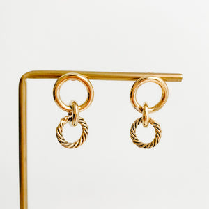 MINI TWIST HOOP EARRINGS