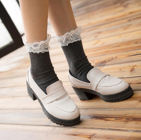 Cute Japanese Style Lace Socks HF00906