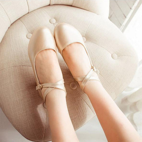 Cross Strapped Buckle Low-heeled Shoes (various colors) HF00085