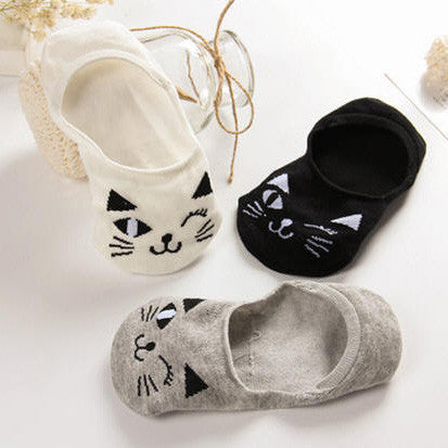Winking Kitty Low Socks (various colors) HF00888