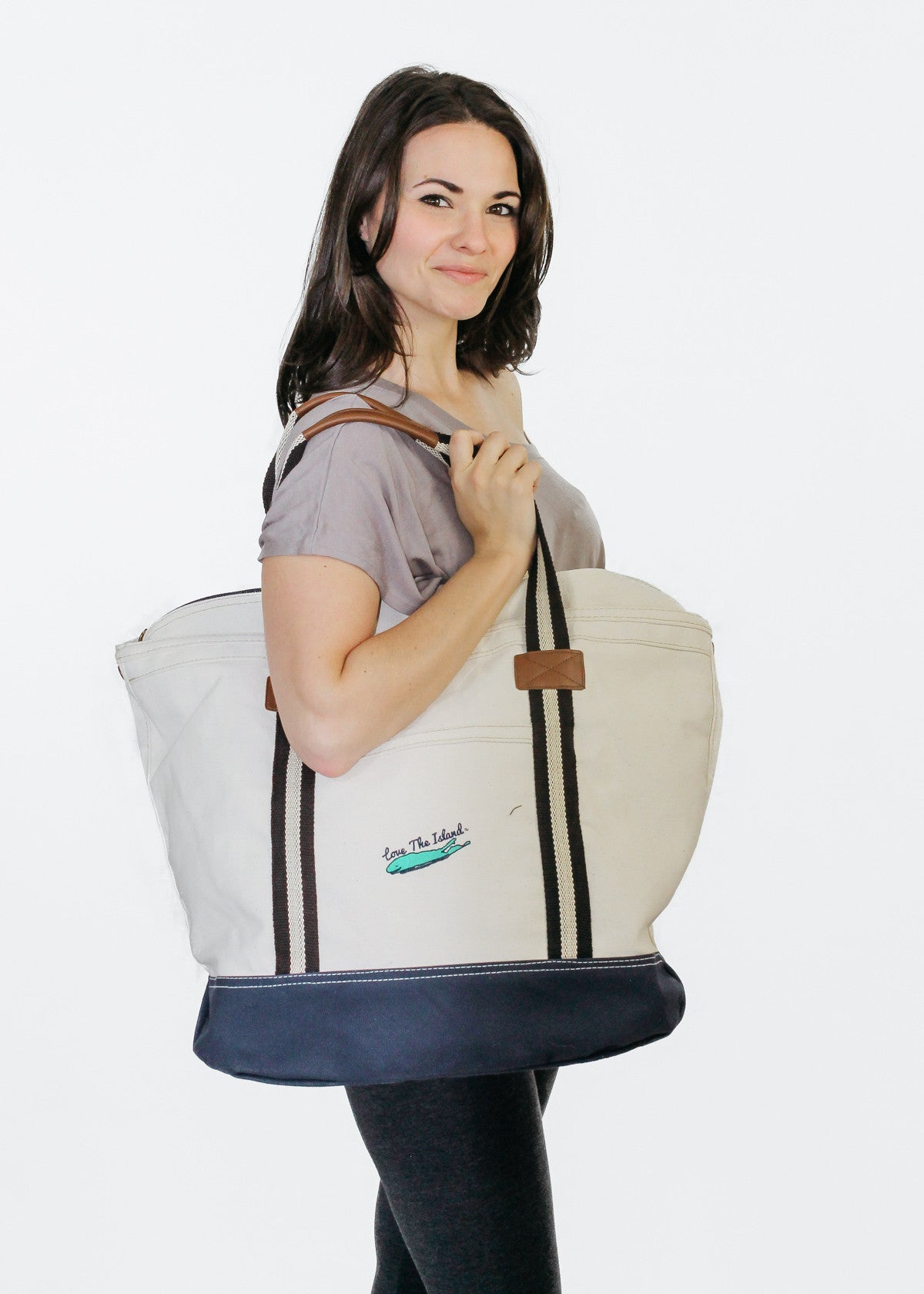 "TOTE: ""Heritage Brand"" Yacht Zipper Tote - Love The Island"
