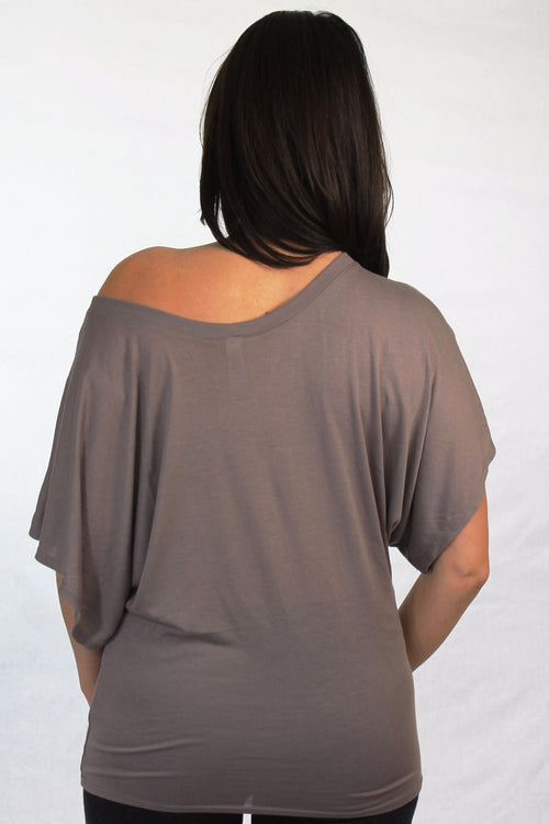 Long Island Ladies Shirt - Love The Island - Flowy Dolman Sleeve - Brown Pebble