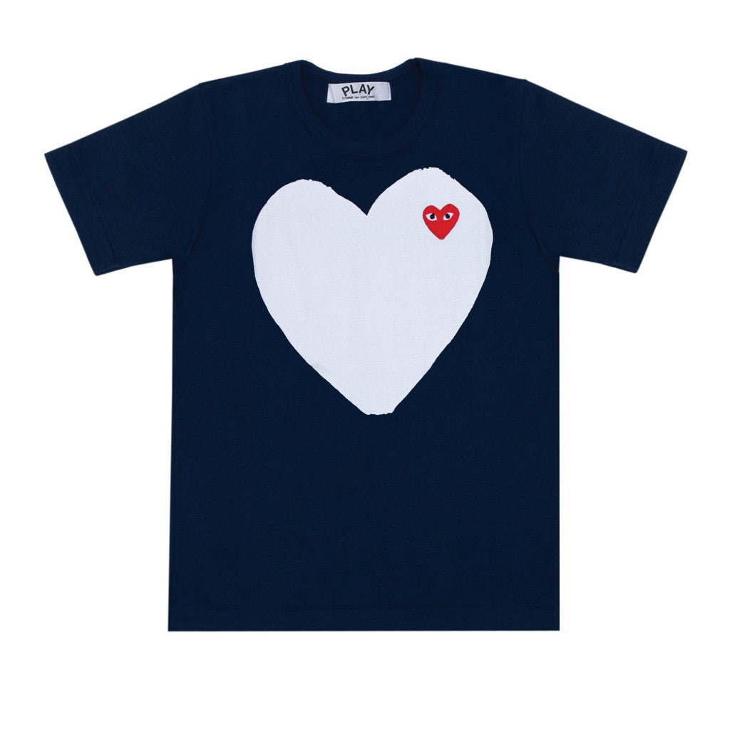 98cc8a0c32d73 COMME des GARCONS PLAY · White   Red Heart T-Shirt Navy