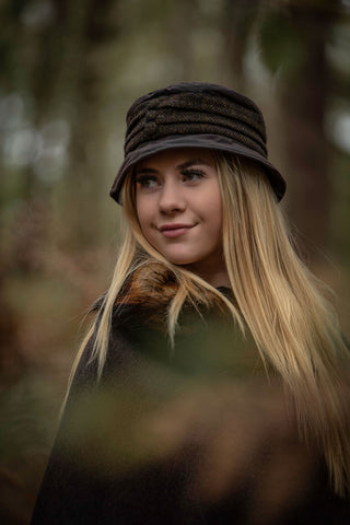 Amy Waxed Rain Hat with Harris Tweed Pleated Band