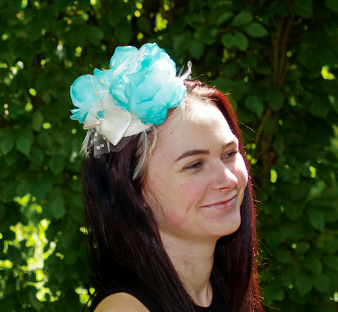 Blue and White Fascinator – Country Essentials Norfolk 5f0c8f975e2