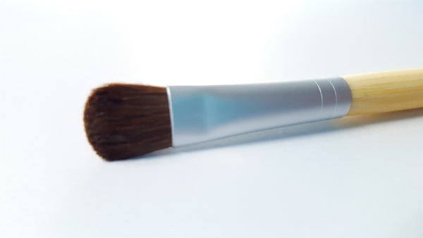Eye shadow and Concealer Brush with Natural Pony Hair and Bamboo Handle