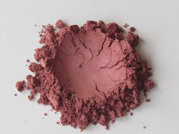 raspberry dark pink eye shimmer vegan cosmetics natural eye shadow