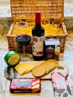 red wine gift hamper