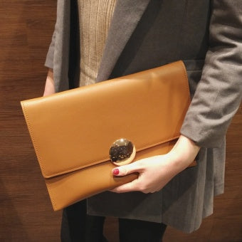 Clutch Style Leather Handbags
