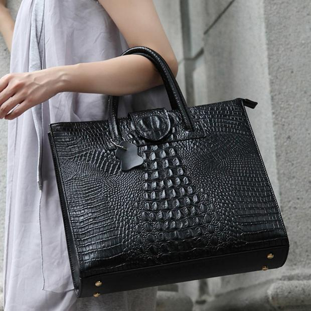 Womens Leather Tote Crocodile Pattern
