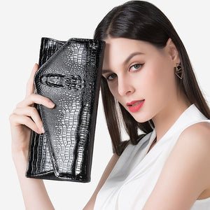 Women's Classic Crocodile Pattern Faux Leather Clutch Evening Envelope Handbag