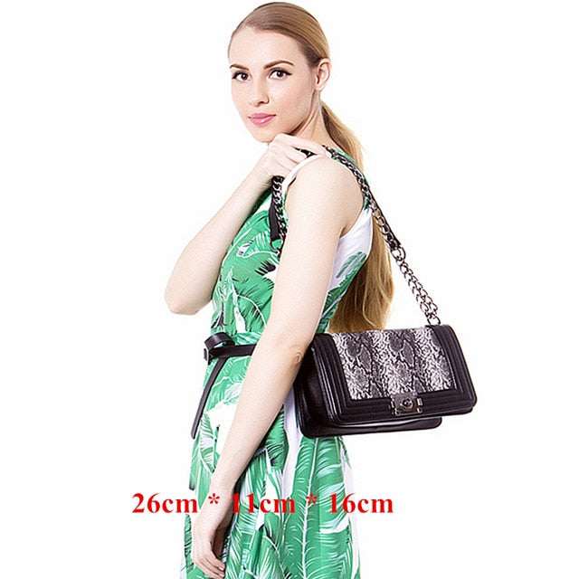 Club Dresses | Club Outfits | Party Dresses Hot Products, Classic Crossbody Shoulder Bag for Women Quilted Purse With Metal Chain Strap - Clubbing Love