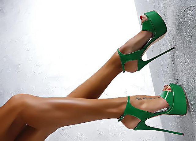 Club Dresses | Club Outfits | Party Dresses shoes, Shoes | Snake Sexy - Clubbing Love