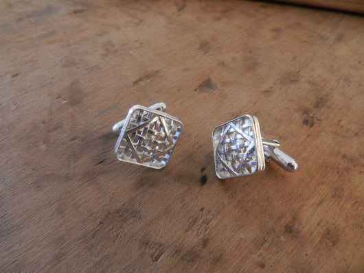 From Tobacco Road: Sterling Silver Tobacco Basket Cuff Links