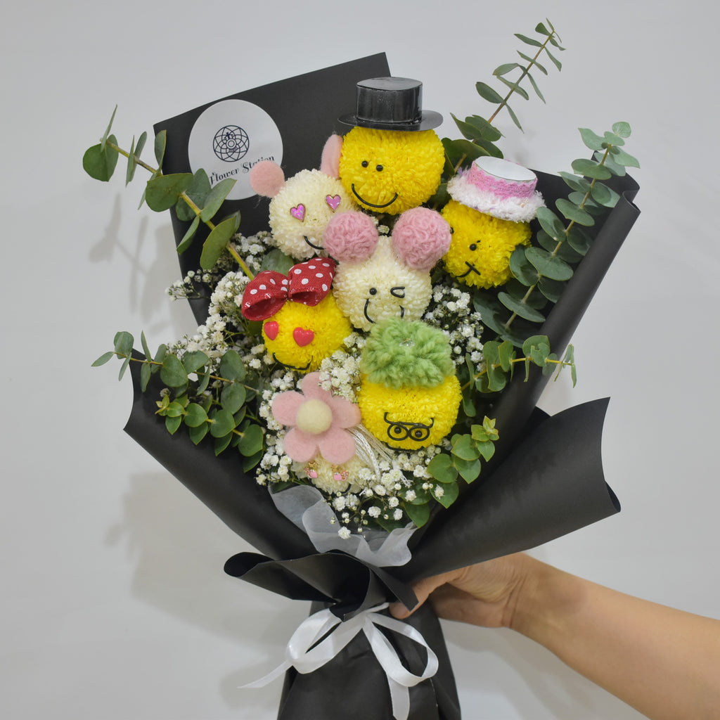 Smiley - Bouquet -  Flower Delivery - Flower Station Dubai