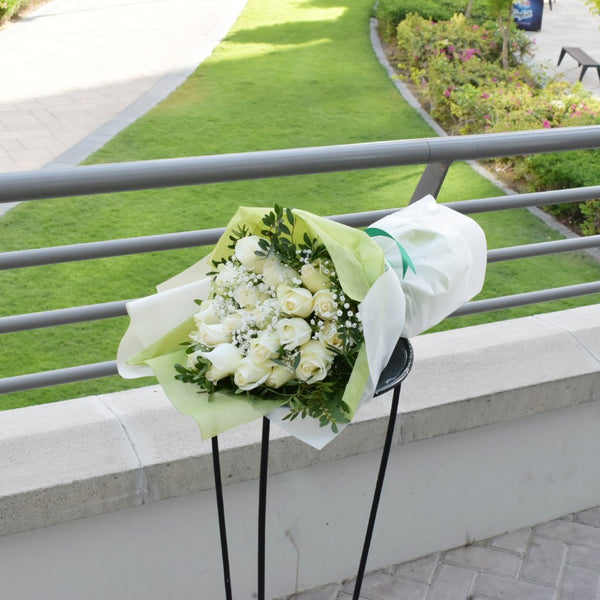 White Forest - Mono Bouquet -  Flower Delivery - Flower Station Dubai