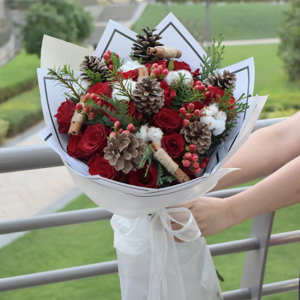 Merry Christmas - Mixed Bouquet -  Flower Delivery - Flower Station Dubai