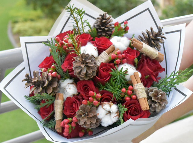 Merry Christmas - Mixed Bouquet - Flower Station Dubai