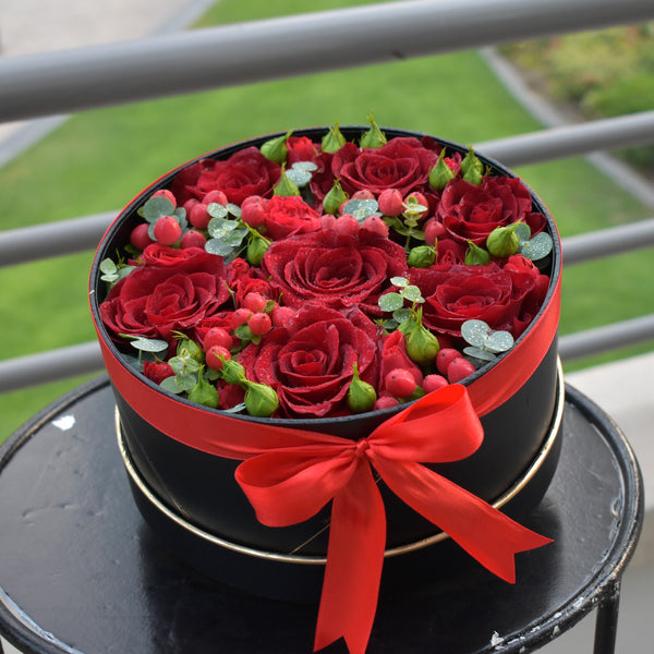 You're Awesome -  Flower Gift  by Flower Station Dubai