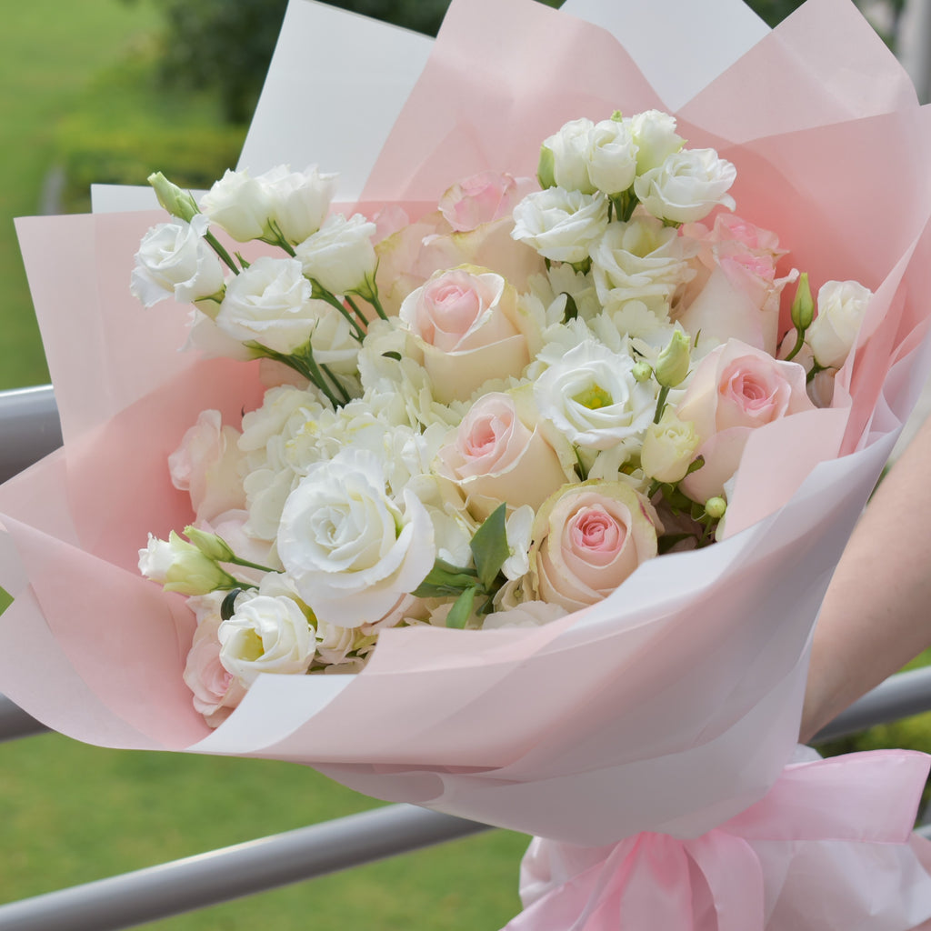 Little Darling - Mixed Bouquet -  Flower Delivery - Flower Station Dubai