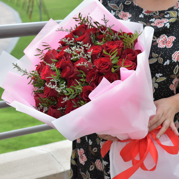 Forever In Love - Valentine's Special -  Flower Delivery - Flower Station Dubai