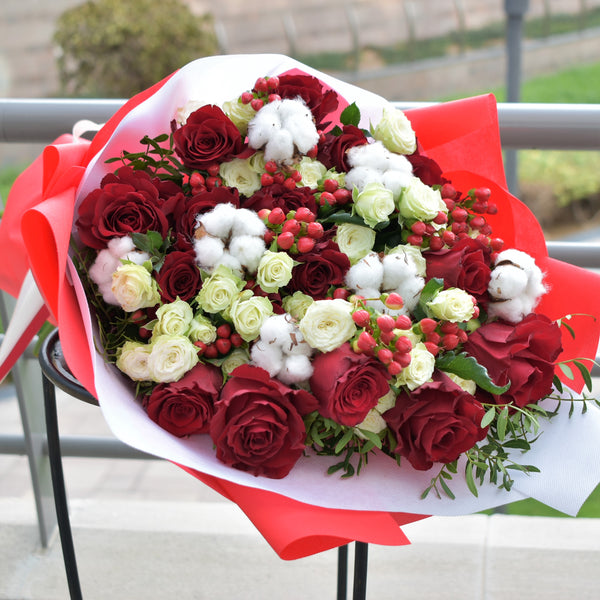 Irresistible - Mixed Bouquet -  Flower Delivery - Flower Station Dubai