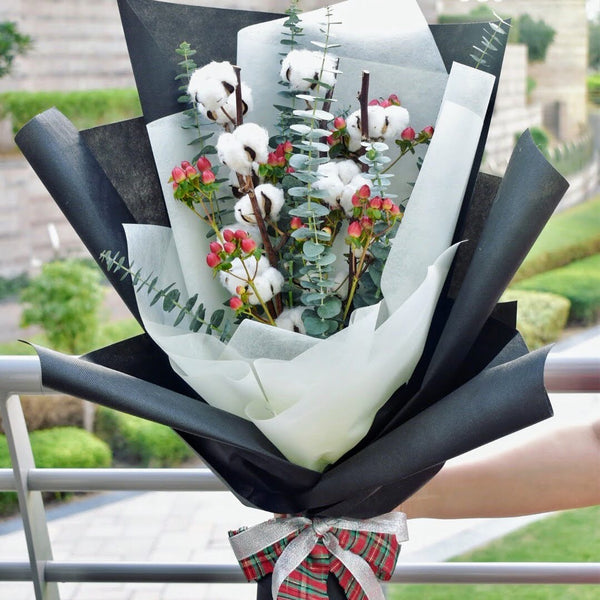 Christmas Jingles - Bouquet -  Flower Delivery - Flower Station Dubai