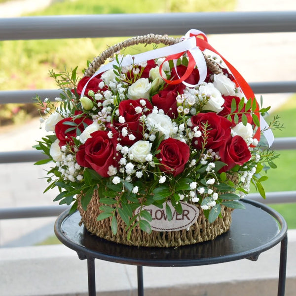 Love Actually -  Flower Gift  by Flower Station Dubai
