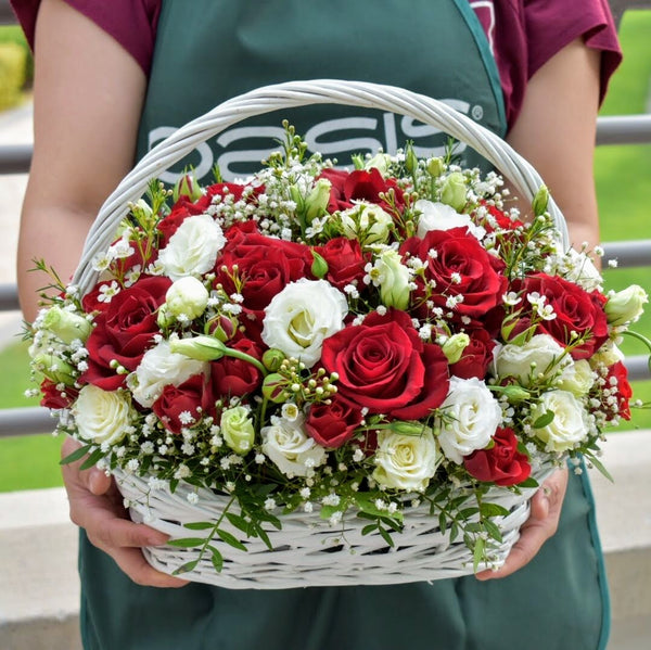 Love Actually -  Flower Delivery - Flower Station Dubai