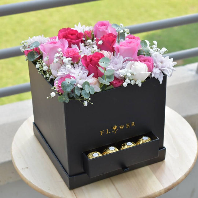 Blossom Chic -  Flower Delivery - Flower Station Dubai