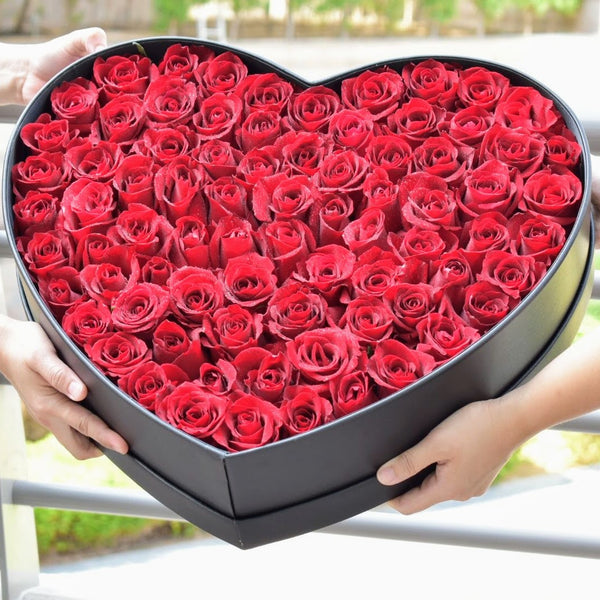 Red Velvet - Flower Box -  Flower Delivery - Flower Station Dubai