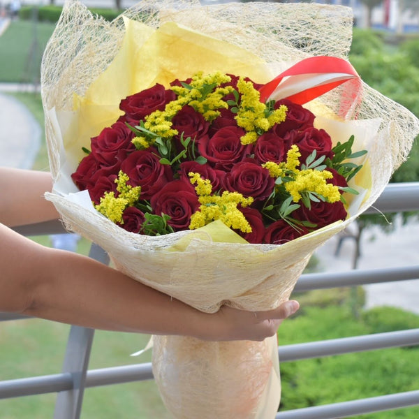 Golden Glory - Mixed Bouquet -  Flower Delivery - Flower Station Dubai