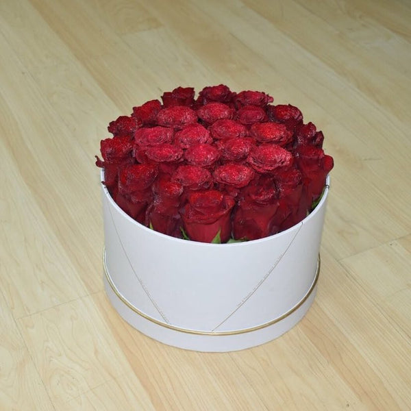 True love - Flower Box -  Flower Delivery - Flower Station Dubai