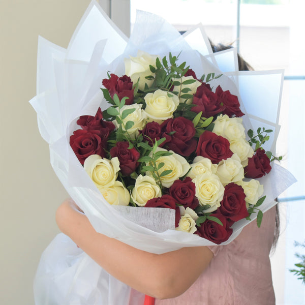 Simply Yours - Mono Bouquet - Flower Station Dubai