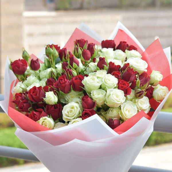 My Adorable - Baby Roses -  Flower Delivery - Flower Station Dubai