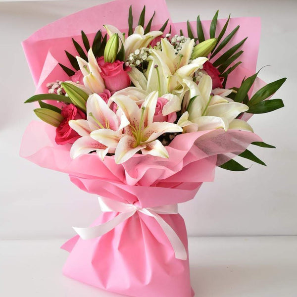 Sweet Heart - Mixed Bouquet -  Flower Delivery - Flower Station Dubai