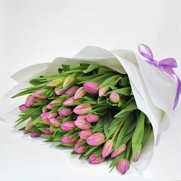 Simplicity - Tulip Bouquet - Flower Station Dubai
