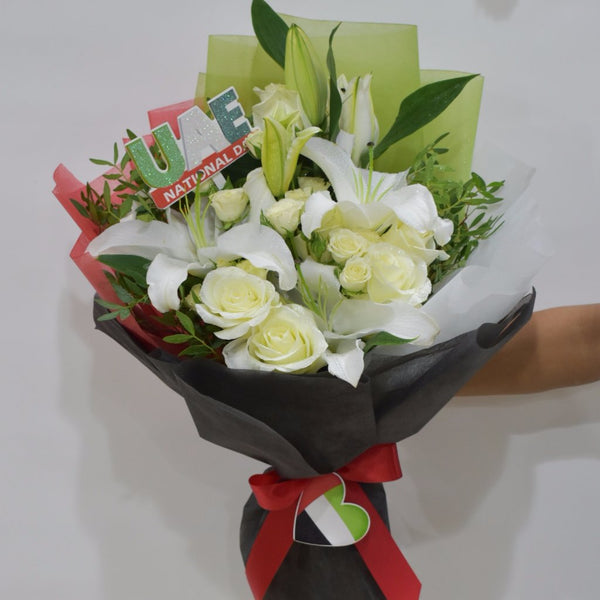 UAE theme - Mixed Bouquet -  Floral Gifts - The Flower Station