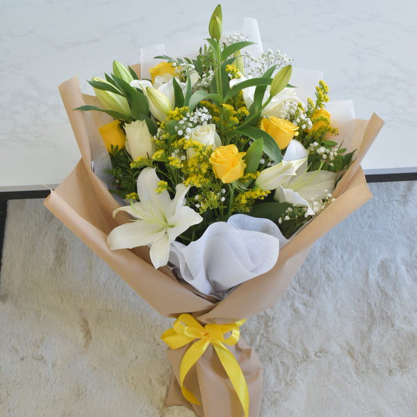 Warm Hugs and Kisses - Mixed Bouquet -  Flower Delivery - Flower Station Dubai