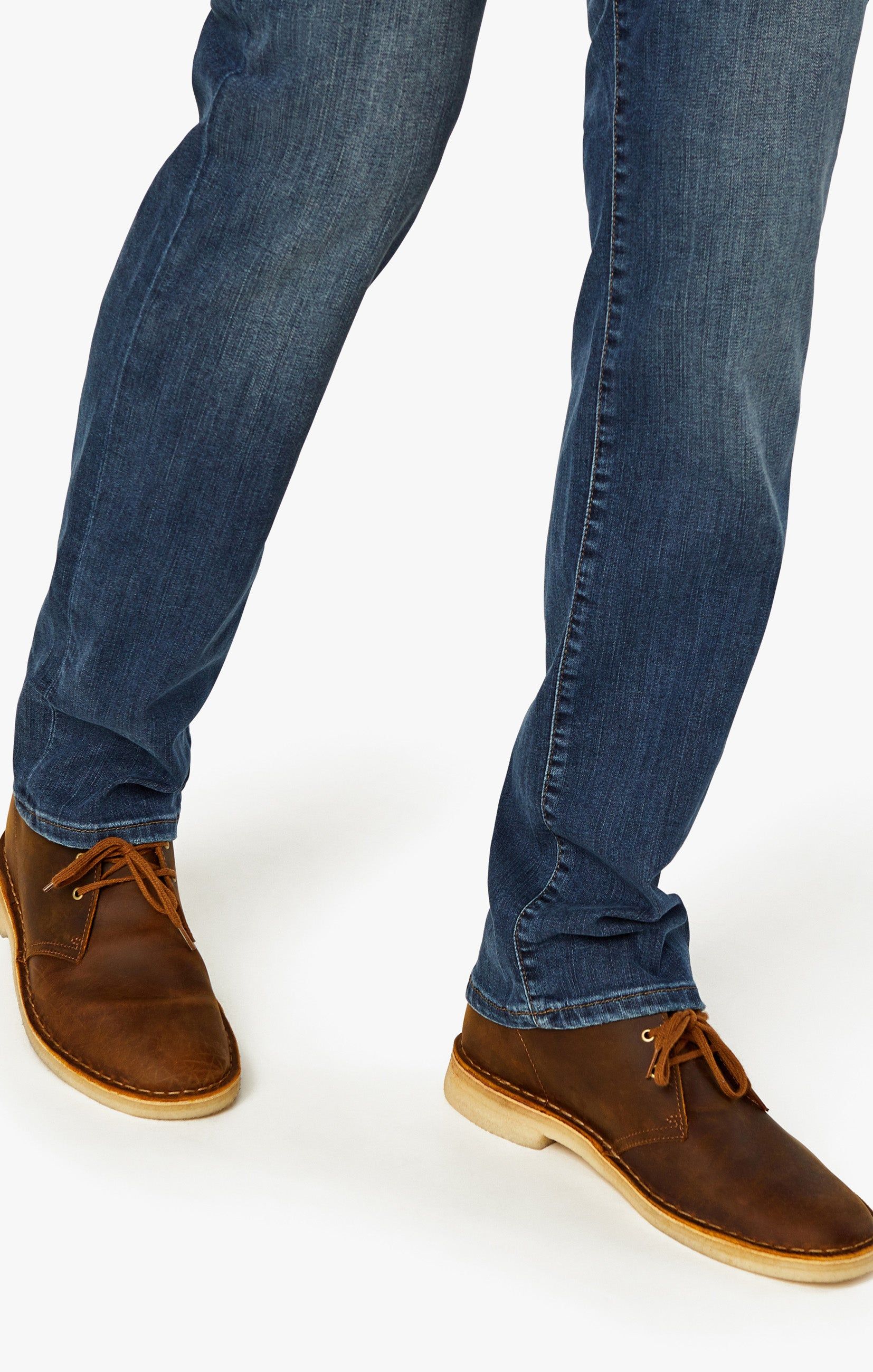 Courage Straight Leg Jeans In Mid Vintage Image 10