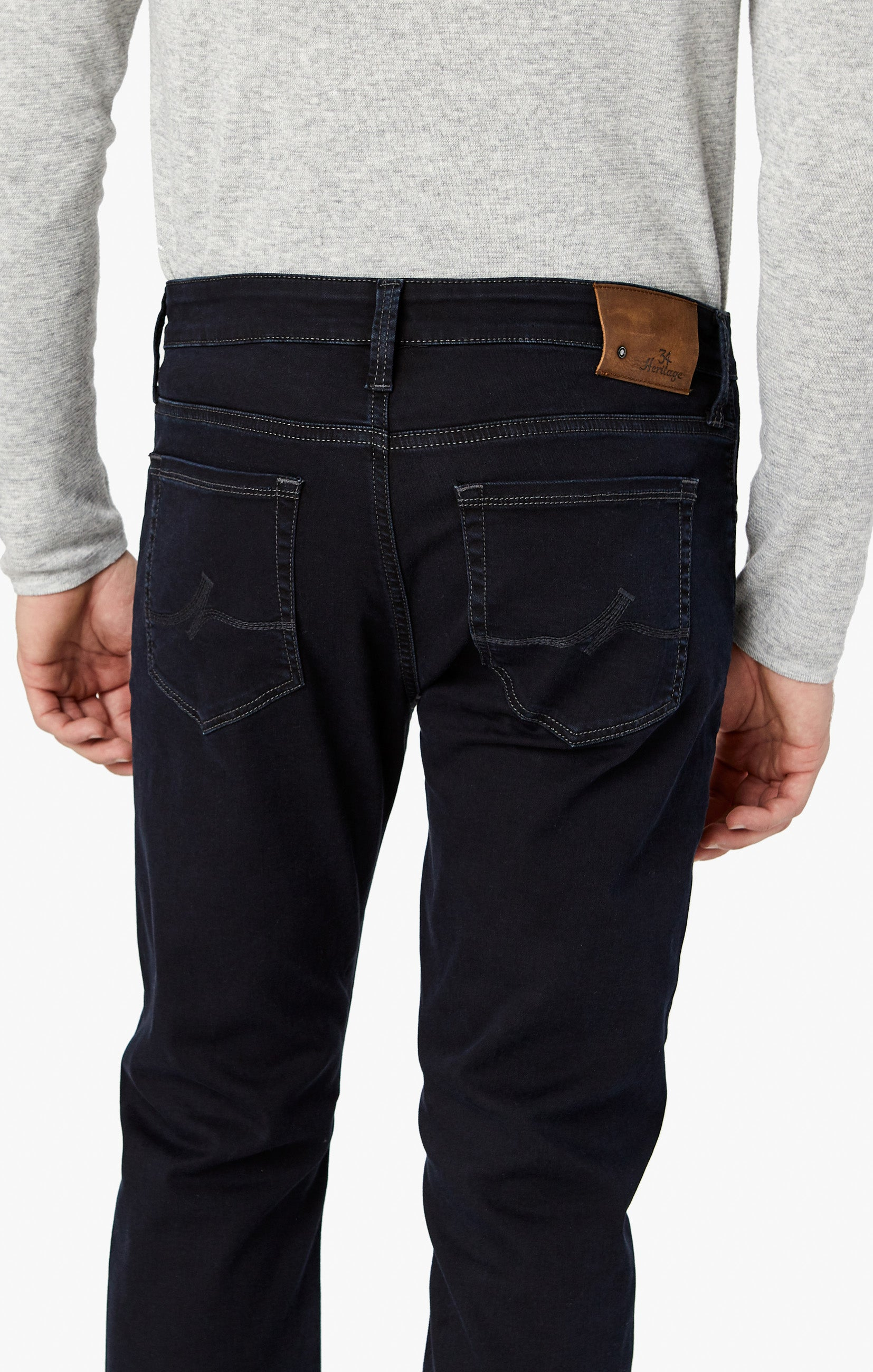 Courage Straight Leg Jeans in Rinse Austin Image 7