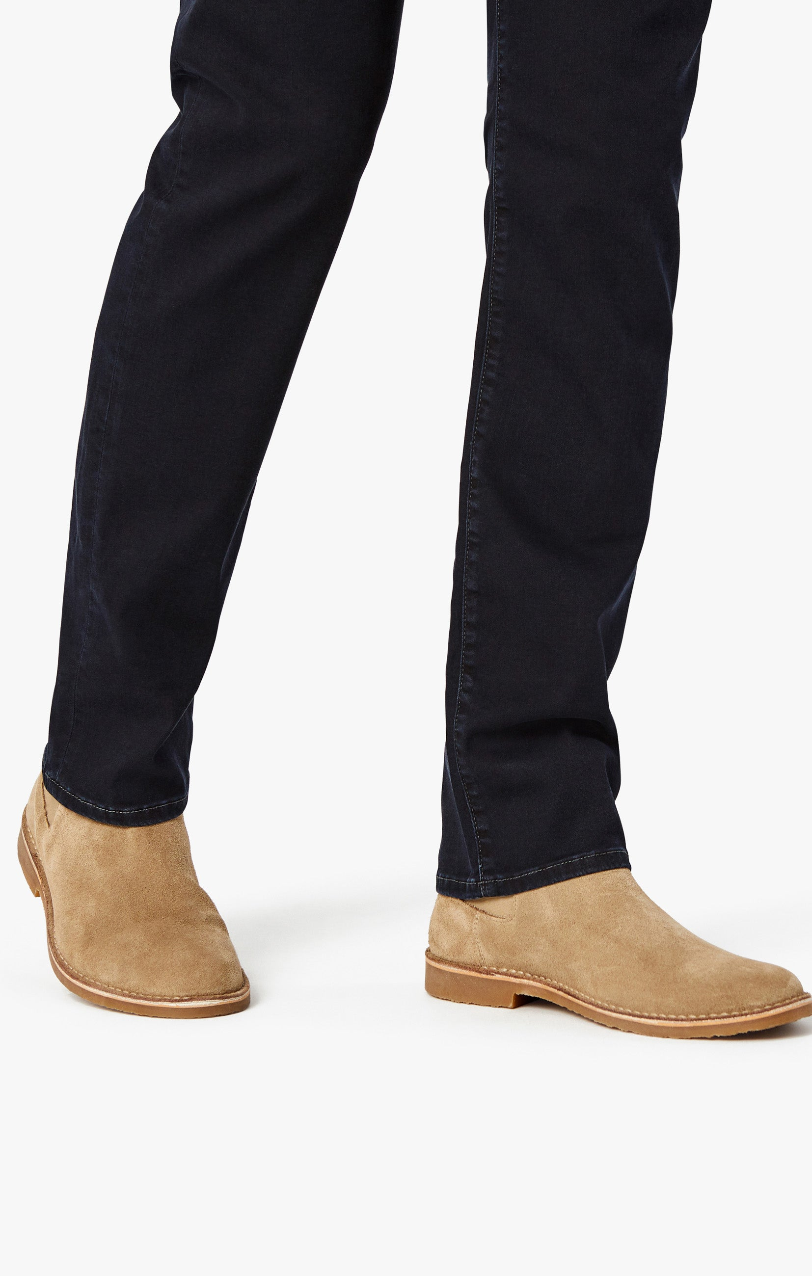Courage Straight Leg Jeans in Rinse Austin Image 9