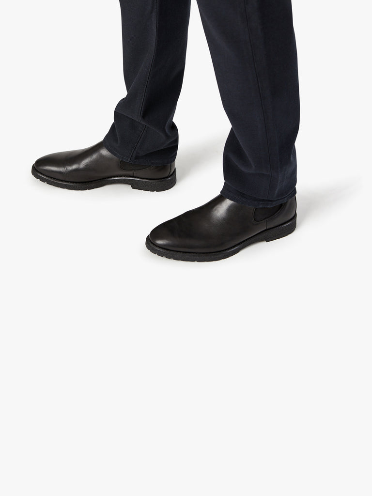Courage Straight Leg in Navy Oxford - 34 Heritage