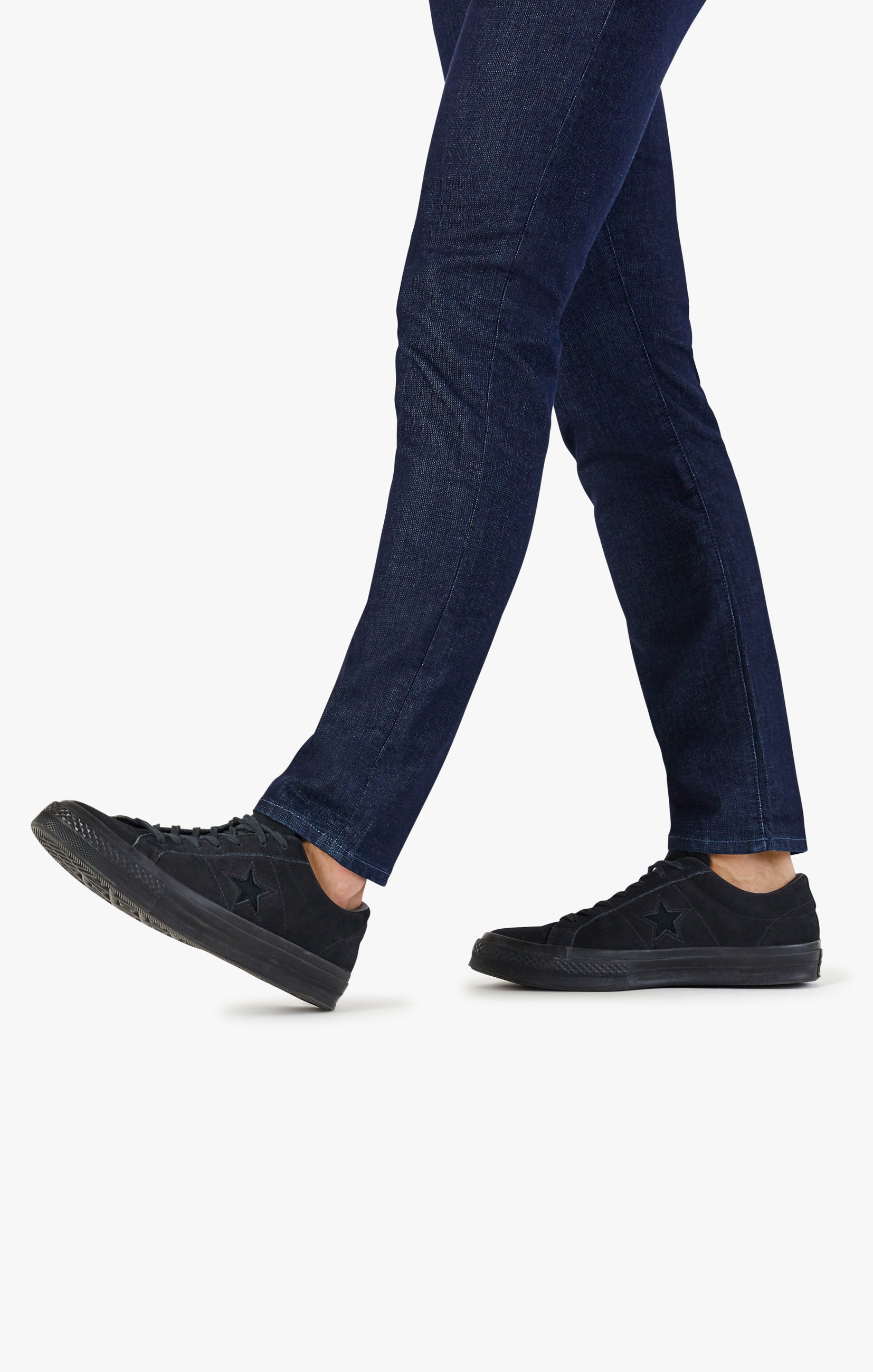 Courage Straight Leg Jeans In Rinse Sporty Image 6