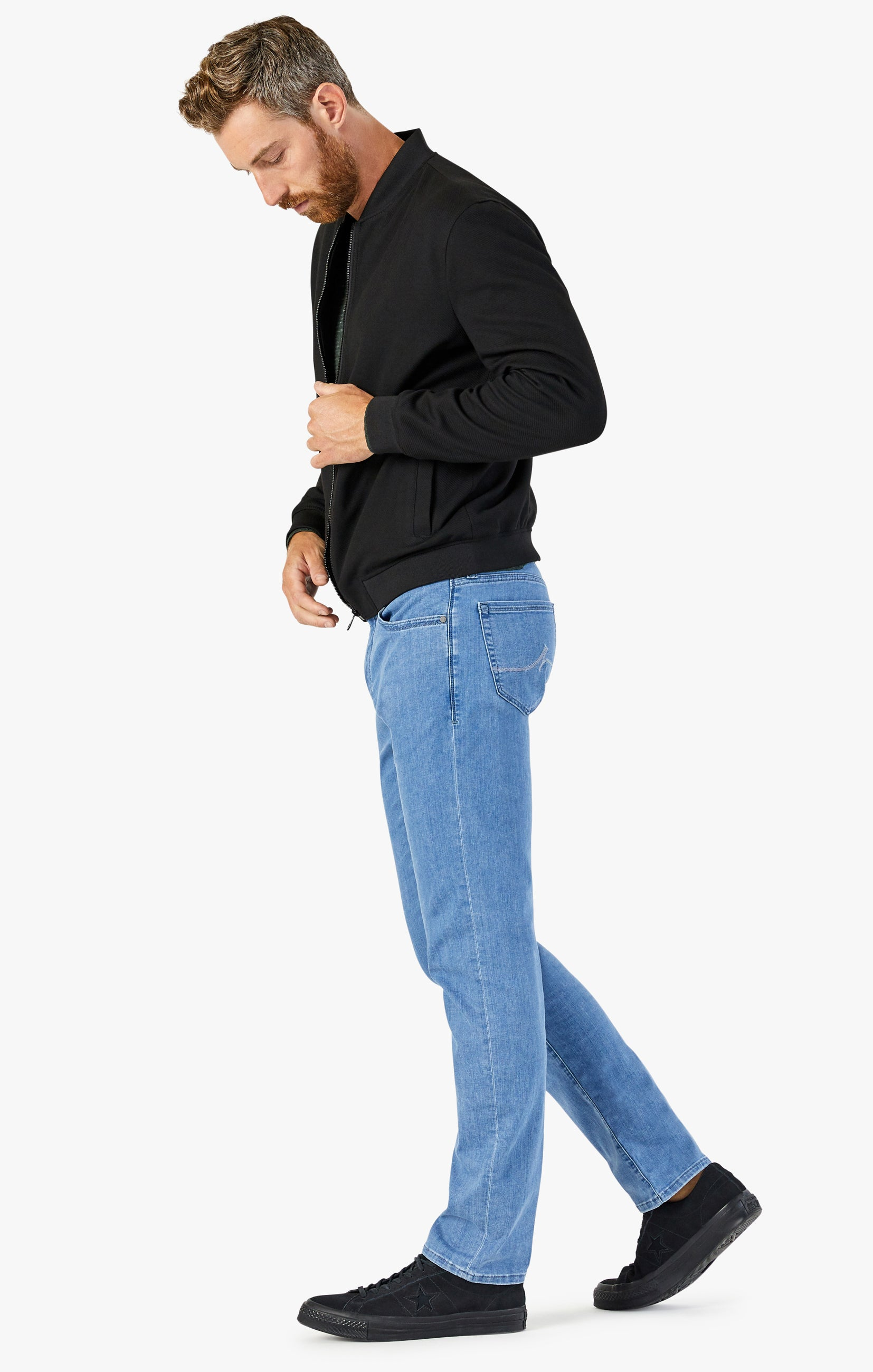 Courage Straight Leg Jeans In Light Kona Image 4