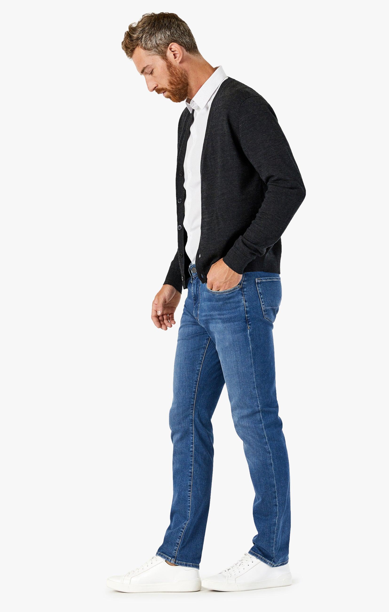 Courage Straight Leg Jeans In Mid Soft Image 3