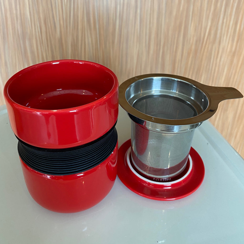 Red Asian style tea mug with infuser & lid
