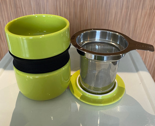 Lime Asian style tea mug with infuser & lid