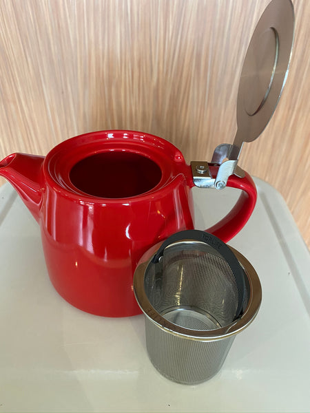 Red stump teapot