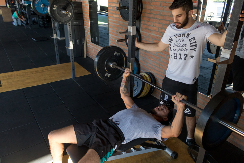 ic: With fellow lifters by your side offering encouragement shows anxiety who's the boss!  Lift to conquer your fears.  Lift to conquer anxiety. Image: Bruno Bueno